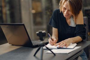 woman-working-from-home-4017429